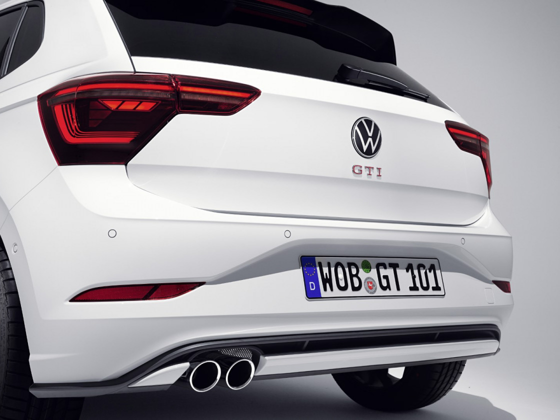 Volkswagen Polo GTI 2021 (12)
