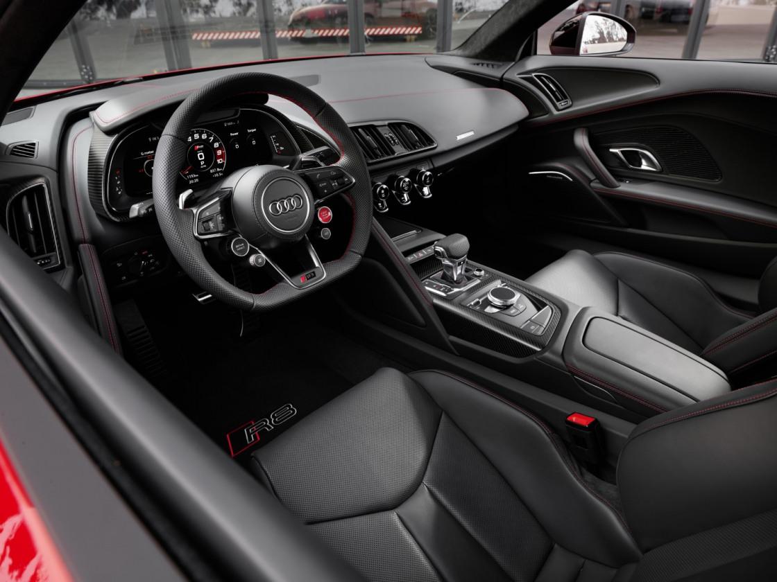 Audi R8 Performance RWD (3)