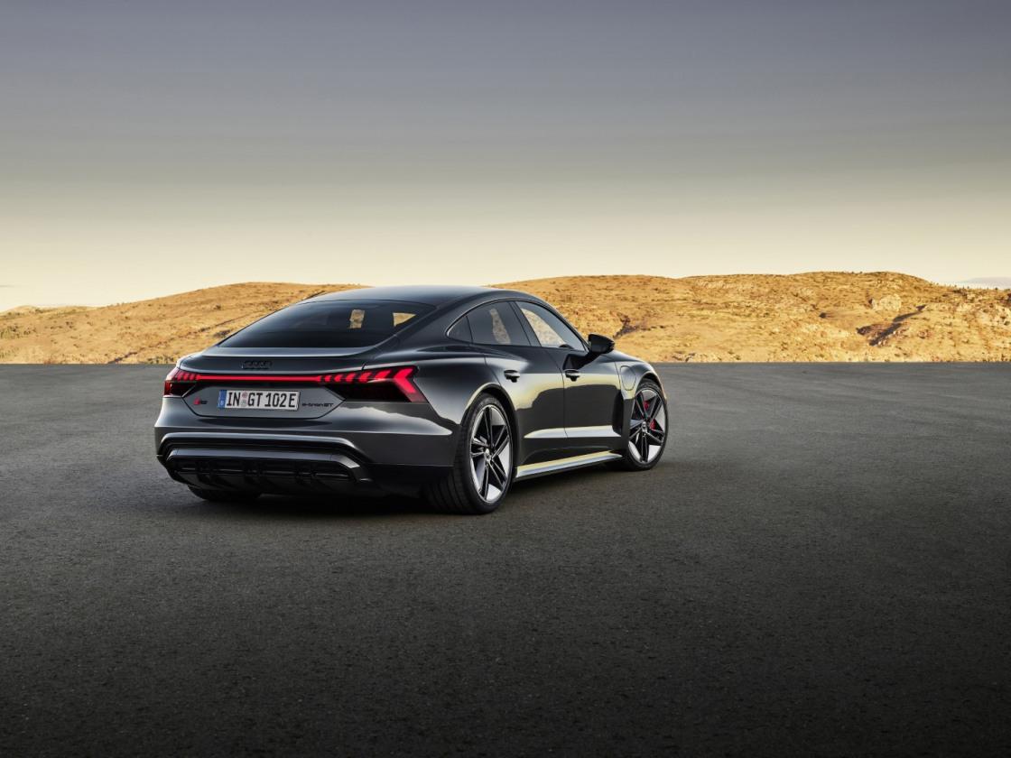 Audi etron GT (18)