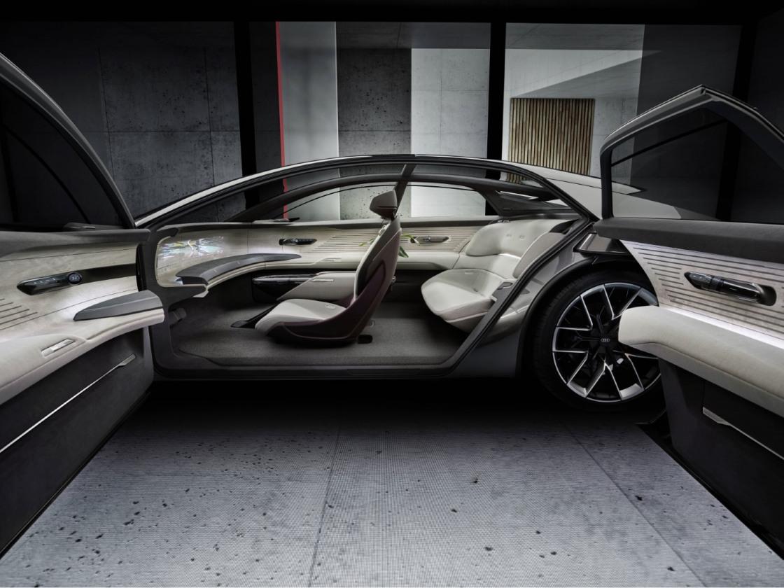 Audi Grand Sphere (27)