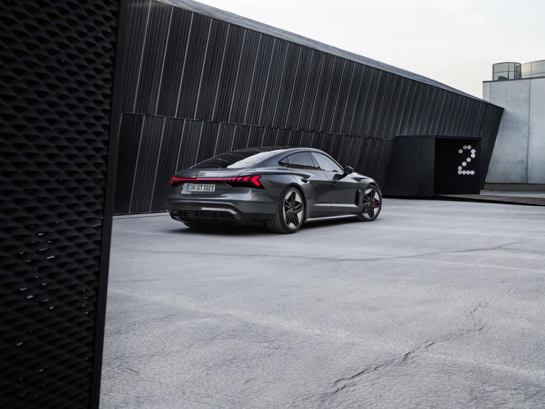 Audi etron GT (23)