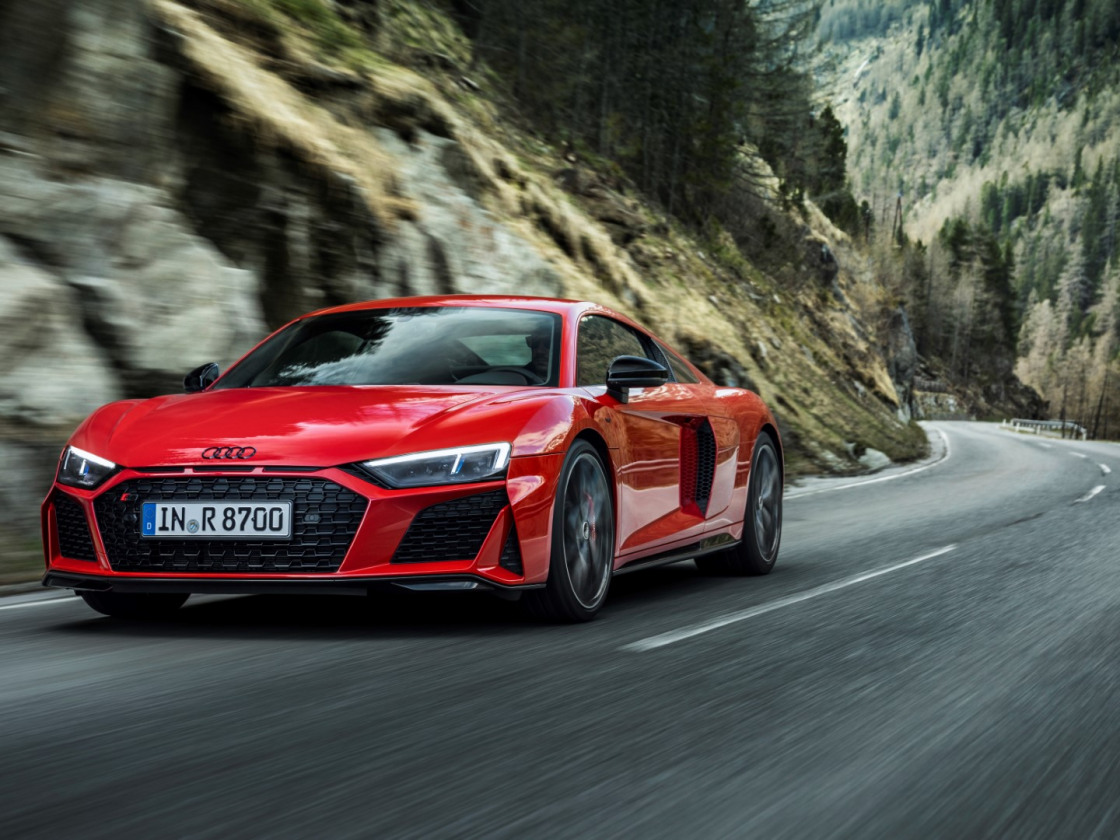 Audi R8 Performance RWD (1)