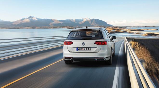 201908-Volkswagen-PassatV-07.jpg