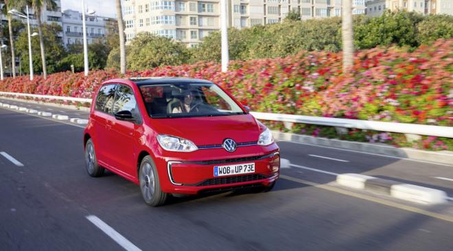 Volkswagen e- UP (11)