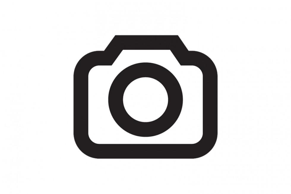 https://afejidzuen.cloudimg.io/crop/980x653/n/https://objectstore.true.nl/webstores:pouw-nl/02/201911-vw-id-space-vizzion-04.jpg?v=1-0
