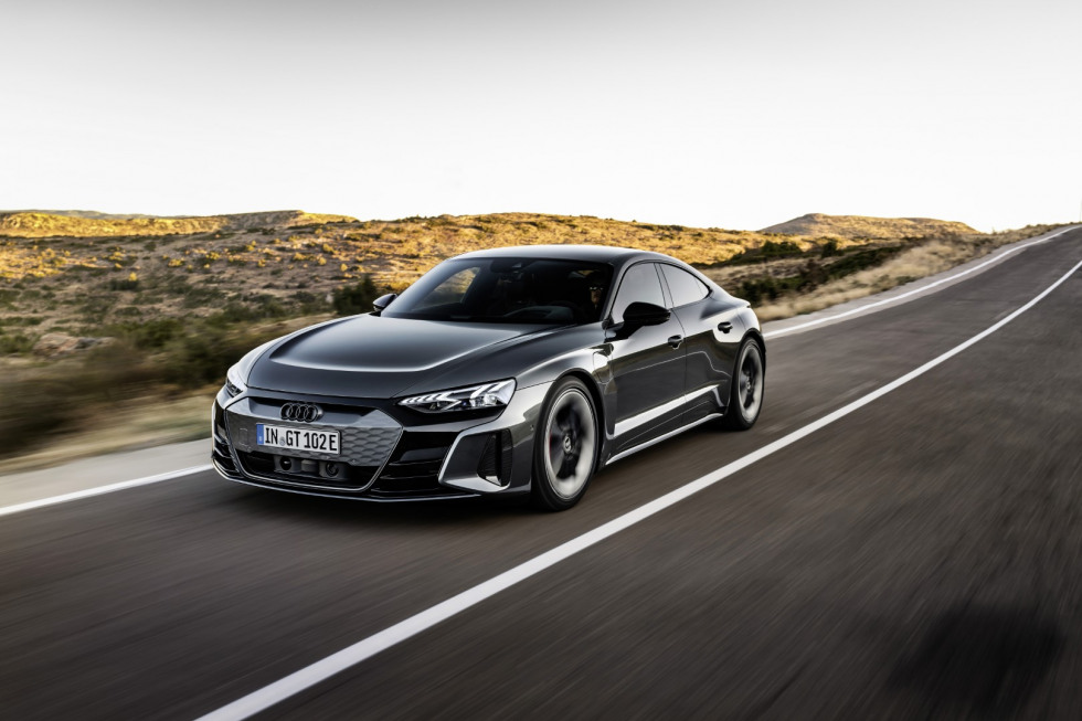 Audi etron GT (30)