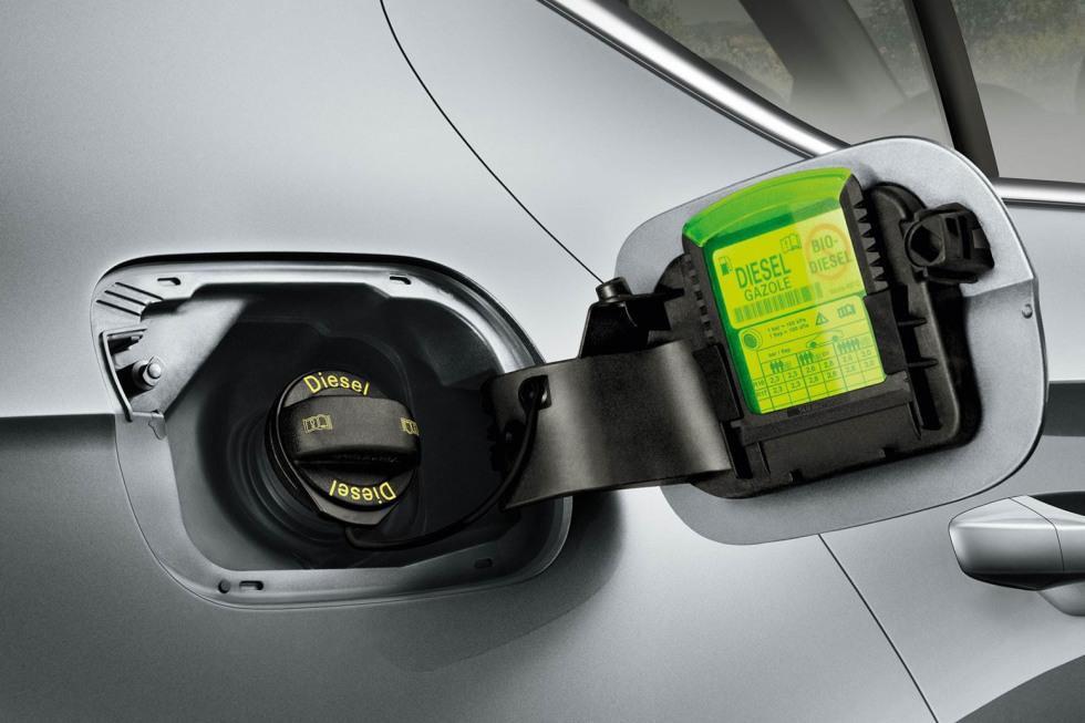 201909-skoda-superb-hatchback-23.jpg