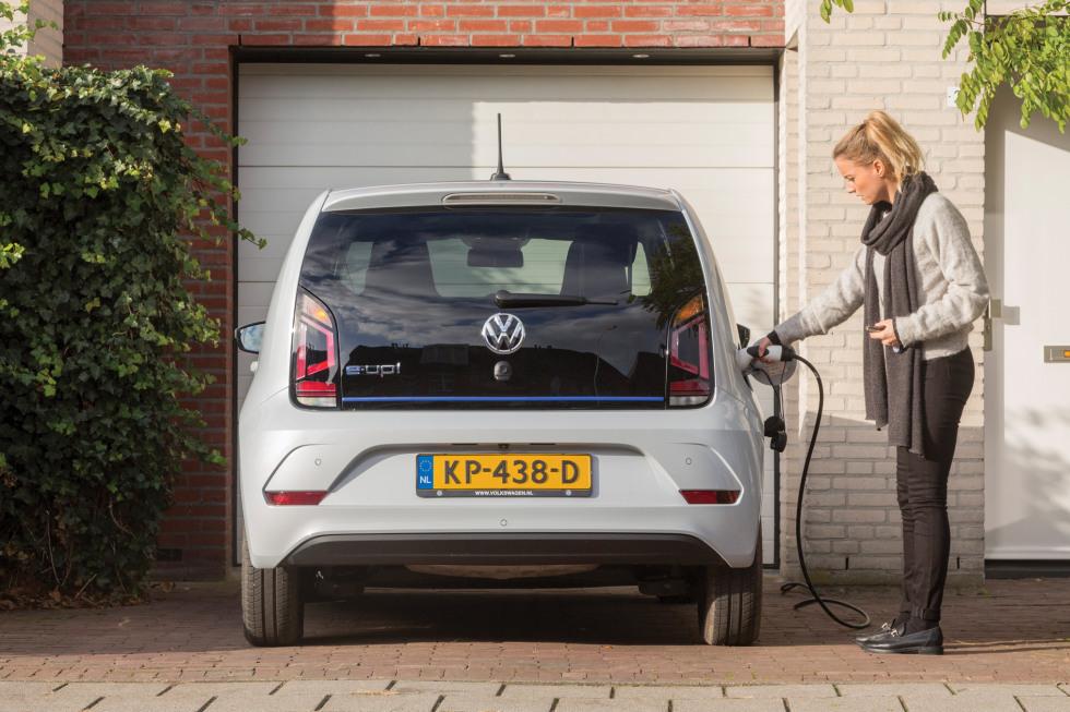 VW Elektrisch Rijden - Thuis tanken