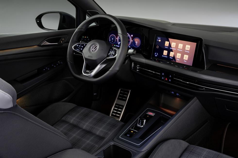 2002-VW-Nieuwegolf (7).jpg