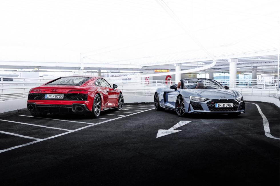 Audi R8 Performance RWD (2)