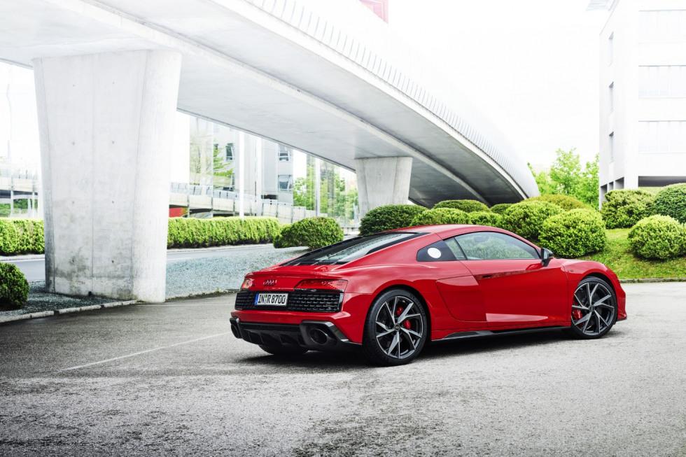 Audi R8 Performance RWD (6)