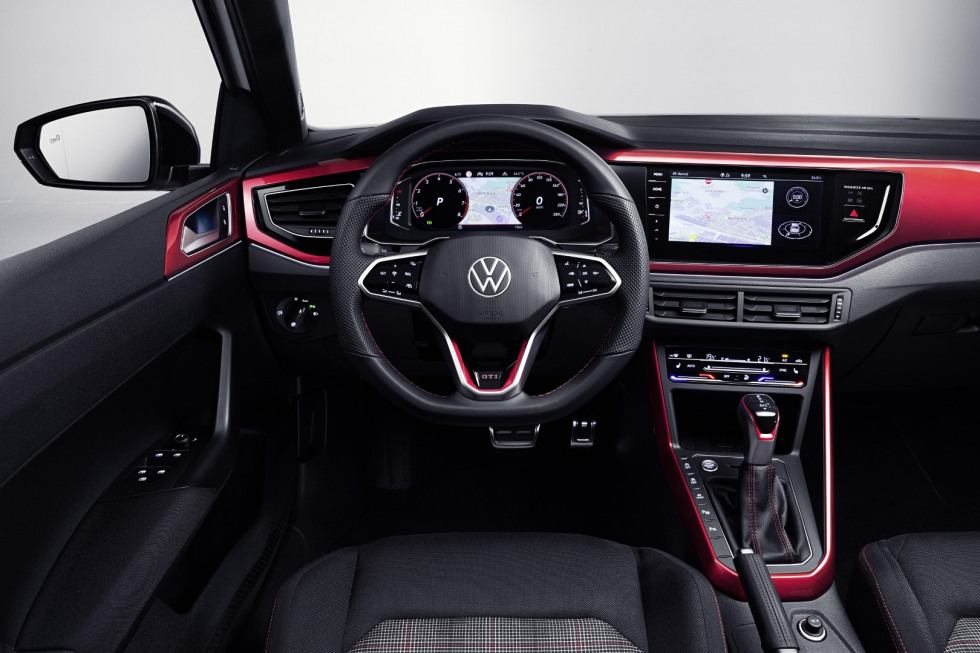 Volkswagen Polo GTI 2021 (1)
