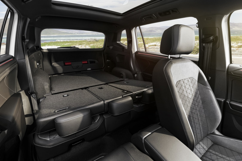 Volkswagen Tiguan Allspace 2021 facelift (9)