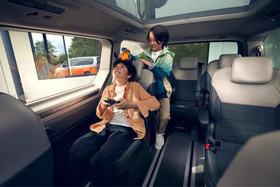 Volkswagen Multivan 2021 (3)