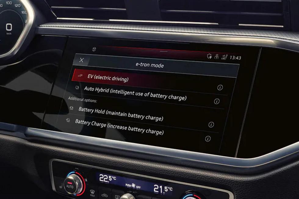2101-Audi-Q3-TFSIe-02.jpeg