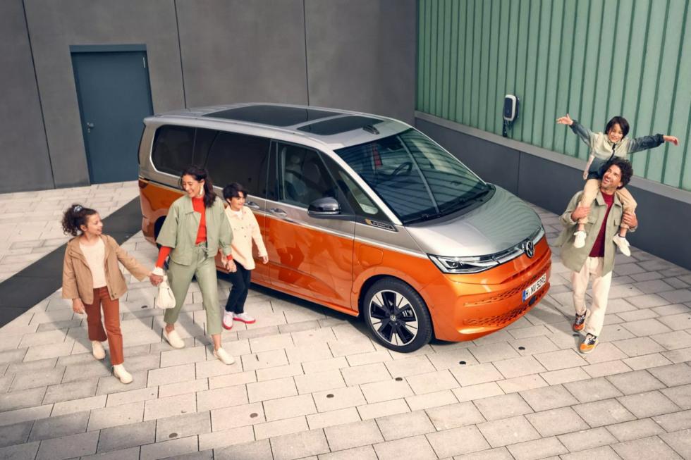 Volkswagen Multivan 2021 (1)