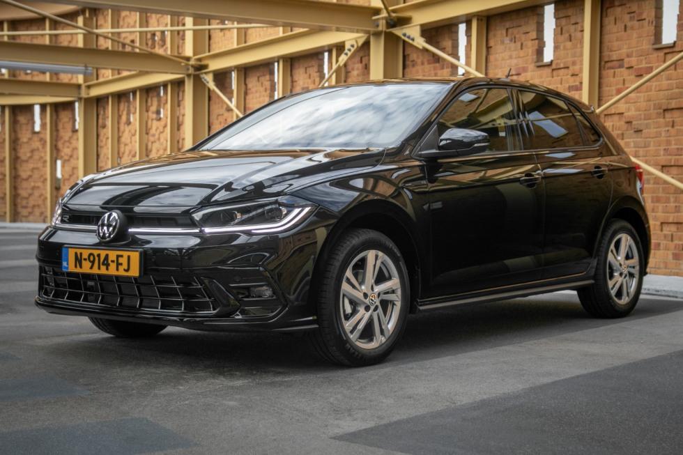 Volkswagen Polo 2022 (3)