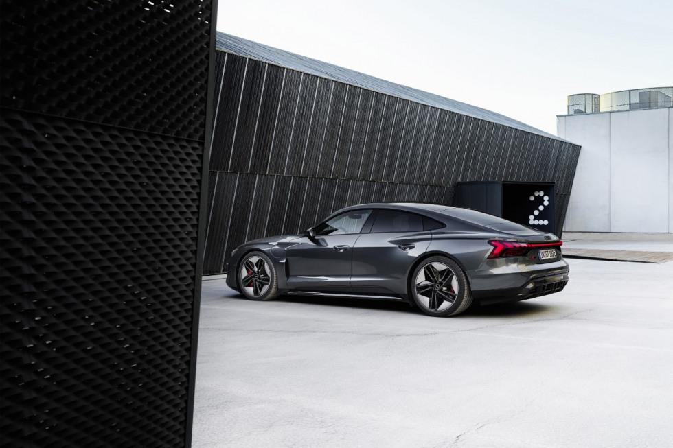 Audi etron GT (24)