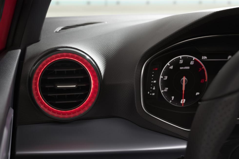 SEAT Ibiza FR interieur (1)