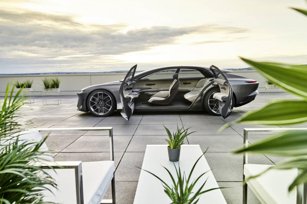 Audi Grand Sphere (8)