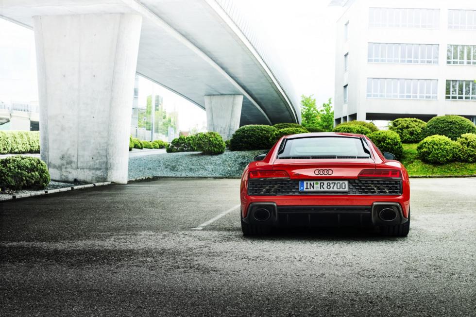 Audi R8 Performance RWD (5)