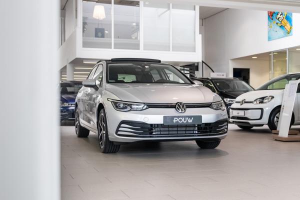 Volkswagen Golf 2020  (4)